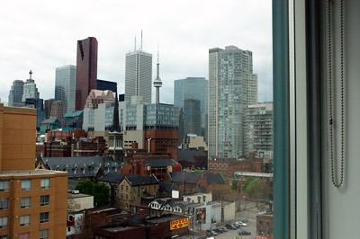 Toronto_22may06_1055am