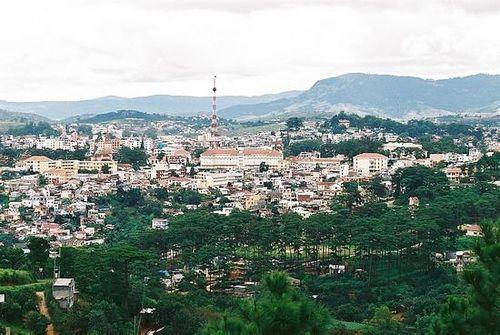 1314033-Cityscape_Dalat-Da_Lat