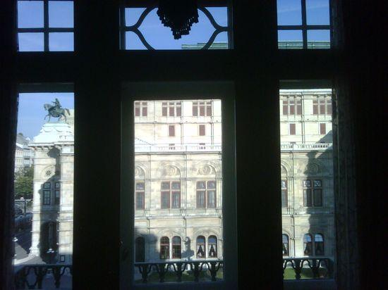 Vienna-austria-810am