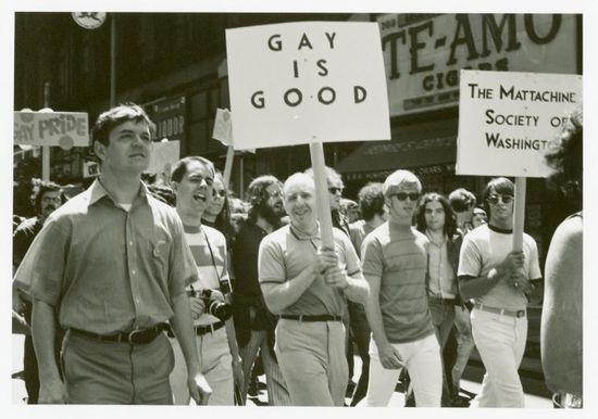 Frank-kameny-and-mattachine-society-of-washington-members-marching-1970