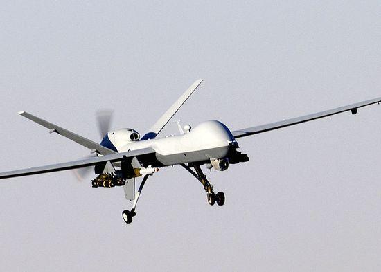 800px-MQ-9_Reaper_in_flight_(2007)