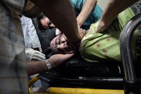 Syria_Wounded_Man_GT