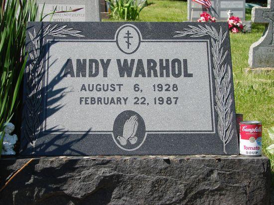 Warhol's_grave
