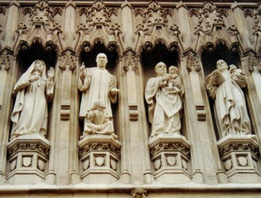 Westminster_Abbey_C20th_martyrs