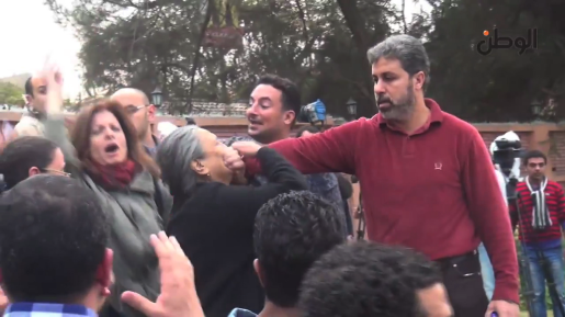 Egypt screencap man silencing woman