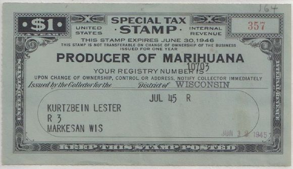 800px-Producer_of_marihuana