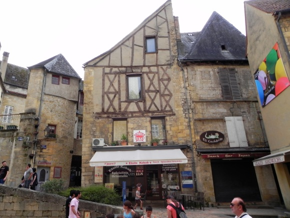 Sarlat Town Center - Copy