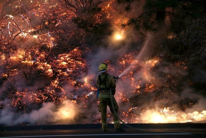 Rim Fire Continues To Burn Near Yosemite National Park