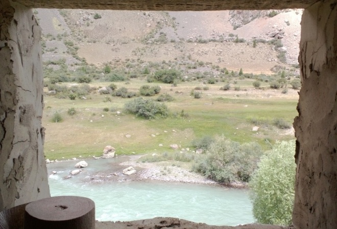 Saratok-Tajikistan-702am