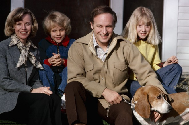 Dick Cheney Poses For A Family Photo