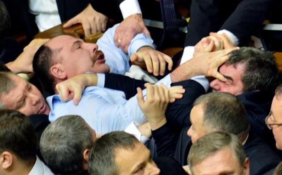 UKRAINE-POLITICS-PARLIAMENT