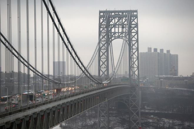 Senate Chairman Of Transportation Committee Calls For Investigation Into George Washington Bridge Lane Closures