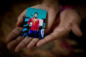 Burma Muslims face Buddhist Fury