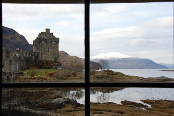 Eilean Donan-Scotland-9am