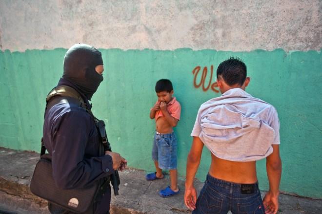 EL SALVADOR-POLICE-OPERATION