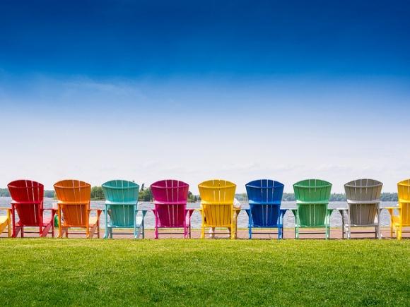 dish_beachchairs