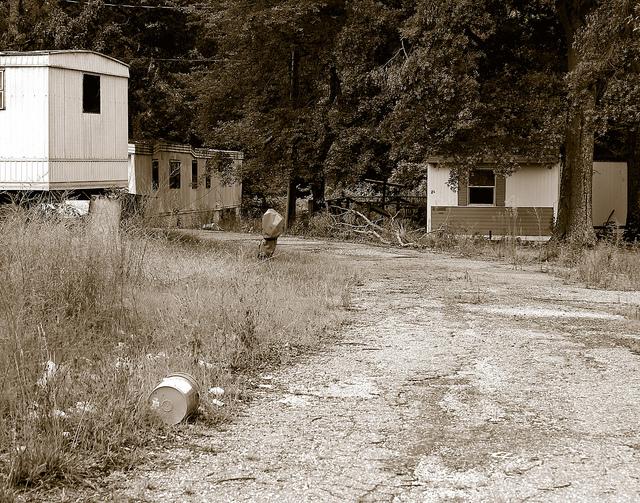 dish_trailerpark