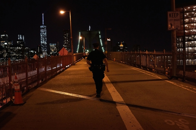 Police Presence Increased On Brooklyn Bridge After Recent Security Breaches
