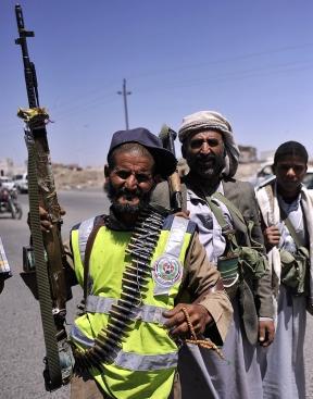 Houthi rebels take position around Yemeni Government TV in Sanaa