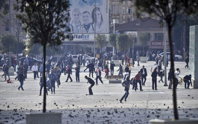 Unauthorized demonstrations against the advance of ISIL in Turkey