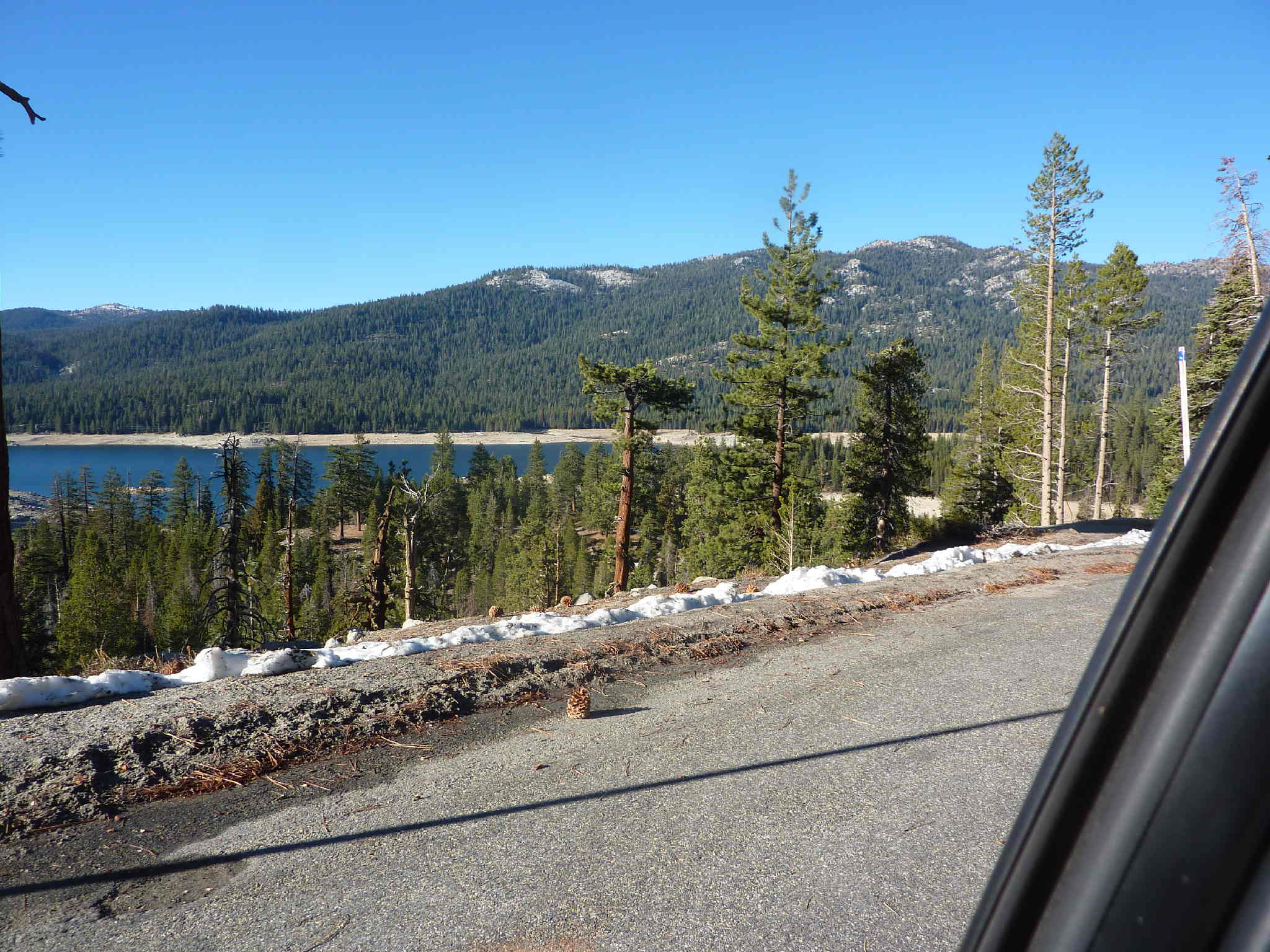 lake huntington Come up and stay at the huntington lake resort offering rustic and luxury cabins for your convenience the cabins offer one and two bedrooms.