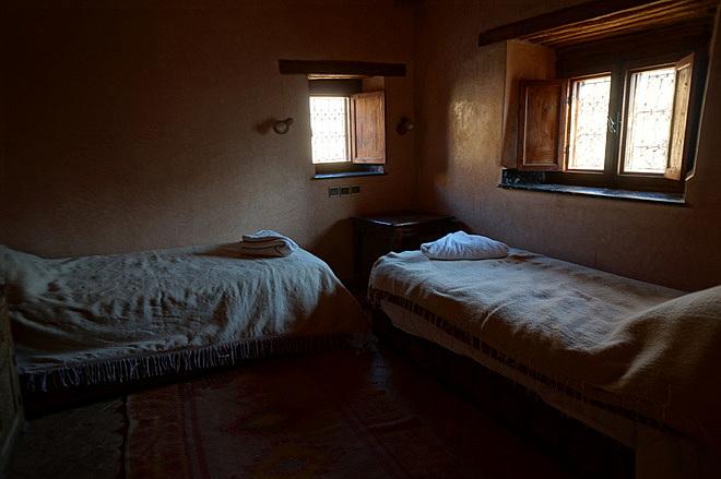 azzaden lodge room